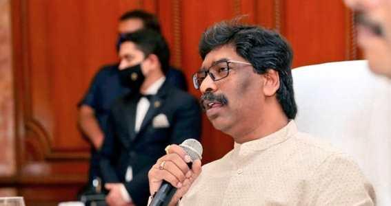 अखबारों-चैनलों की चुप्पी के बावजूद CM हेमन्त के मगही-भोजपुरी भाषियों के खिलाफ दिये गये बयान से भड़का जनाक्रोश, भोजपुरी/मगही भाषियों ने कहा – हेमन्त मांगे माफी, साथ में आंदोलन की भी दी धमकी
